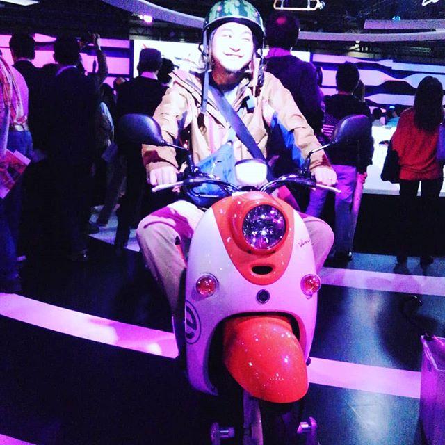 東京モーターショー2019スイカのヘルメット被らせてもらいました。#hairsalonblue #白岡市美容室 #モーターショー