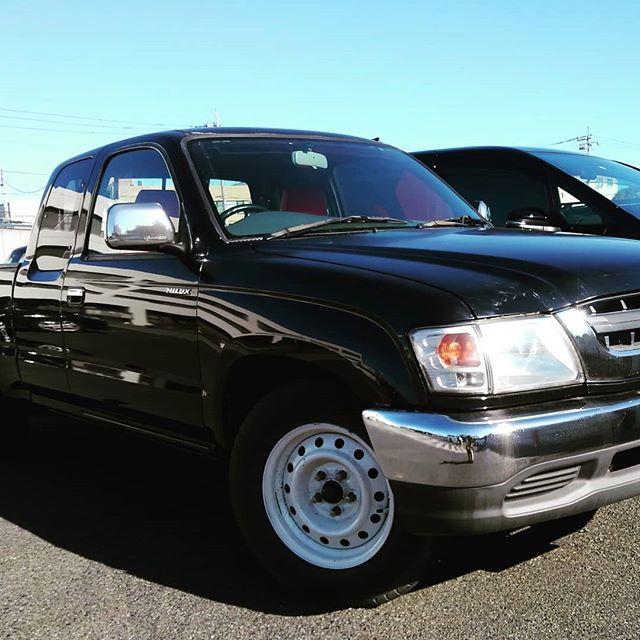 blue.motorsです。ハイラックスピックアップトラックEXT納車しました。お買い上げありがとうございます探すとなかなかない、ハイラックスピックアップトラック。かっこいいですよー#bluemotors #ハイラックスピックアップ